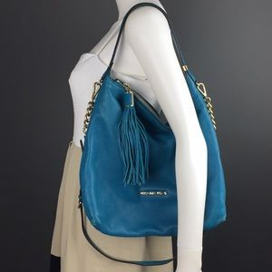 AUTHENTIC MICHEAL KORS Handbag Tassel Turquoise ✨